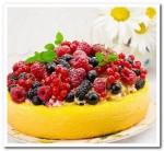 Вкусненький ягодный тортик