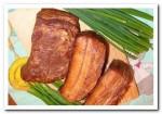 Как  приготовить «рыжее» соленое сало горячего посола