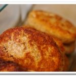 Готовим  куриные котлеты с сыром внутри