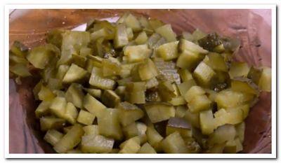 salat-iz-govyazhej-pecheni-s-lukom7