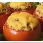 Рецепт вкусных помидоров, фаршированных курицей и грибами