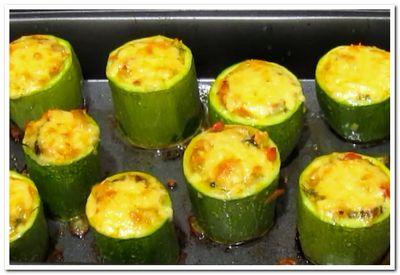 кабачки с сыром и овощами запеченные в духовке