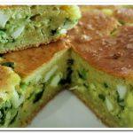Замечательный пирог с зеленым луком и яйцом