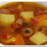 Удивительно вкусный суп с охотничьими колбасками